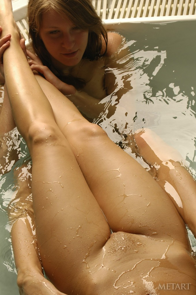 http://www.simplemetart.com/images/galleries/1/1983/14.jpg