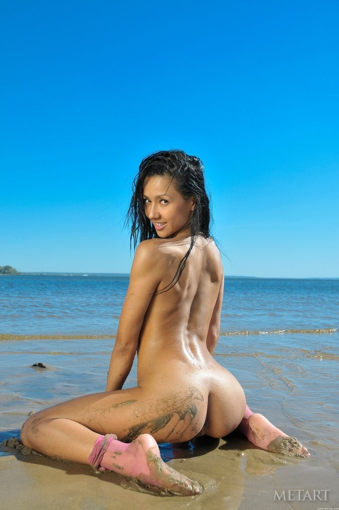 Babes wet body nude