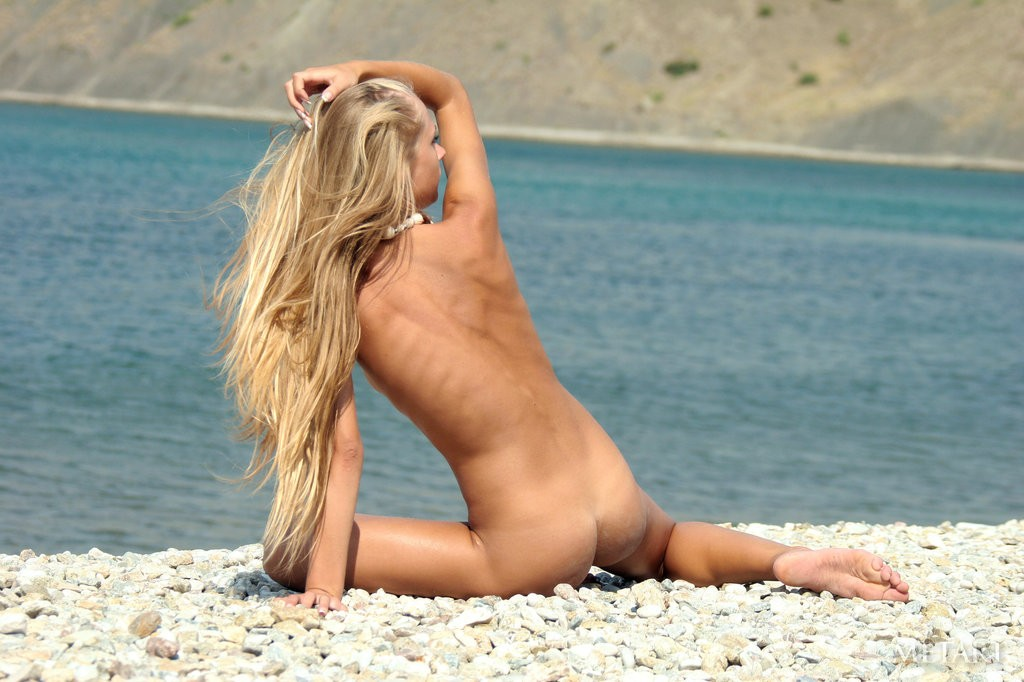 Nude beach skin porn images